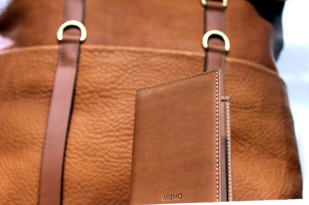 Grain-nahkaa ja yksinkertainen lompakko