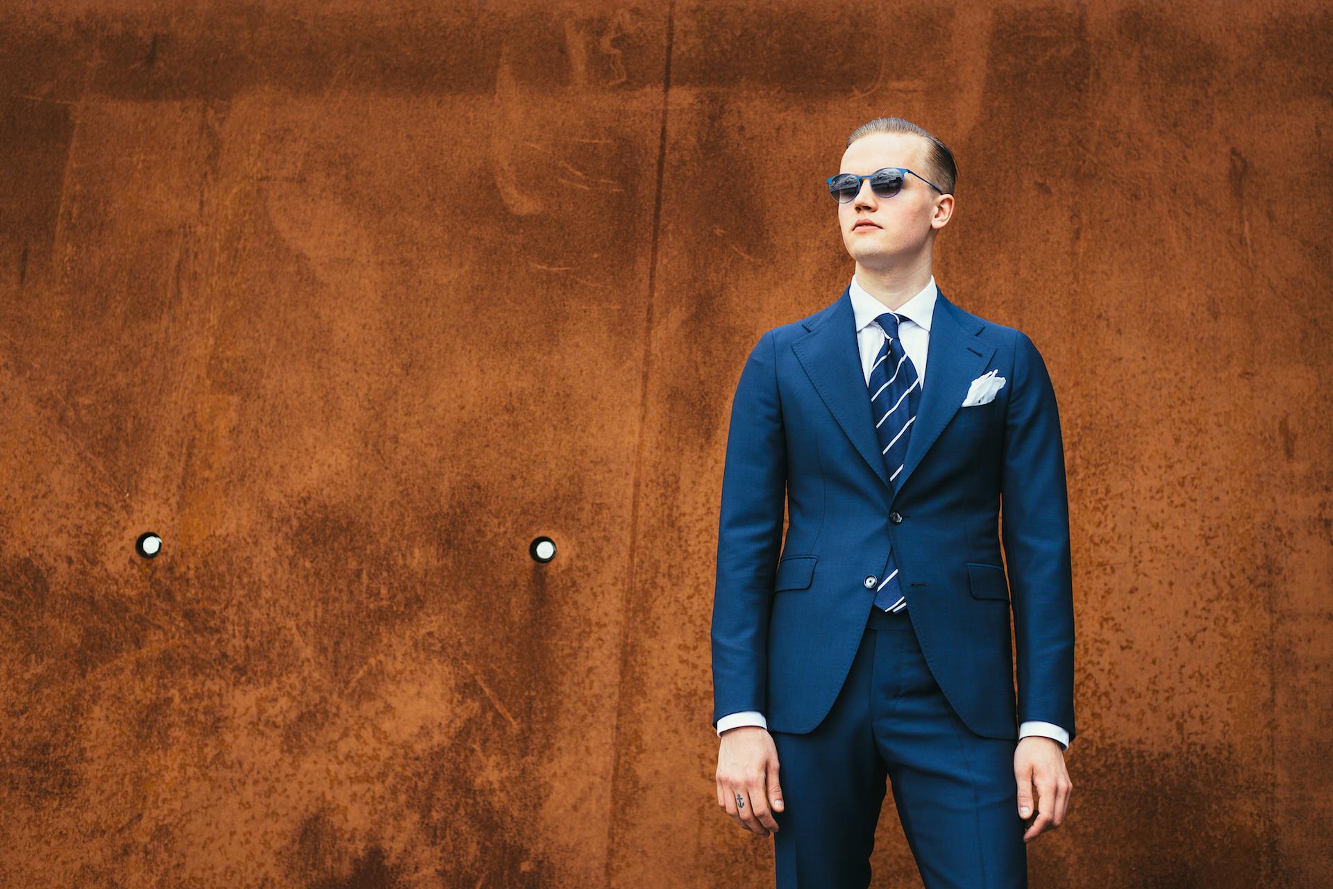 Miesten pukeutuminen - 4 askelta hyvään tyyliin