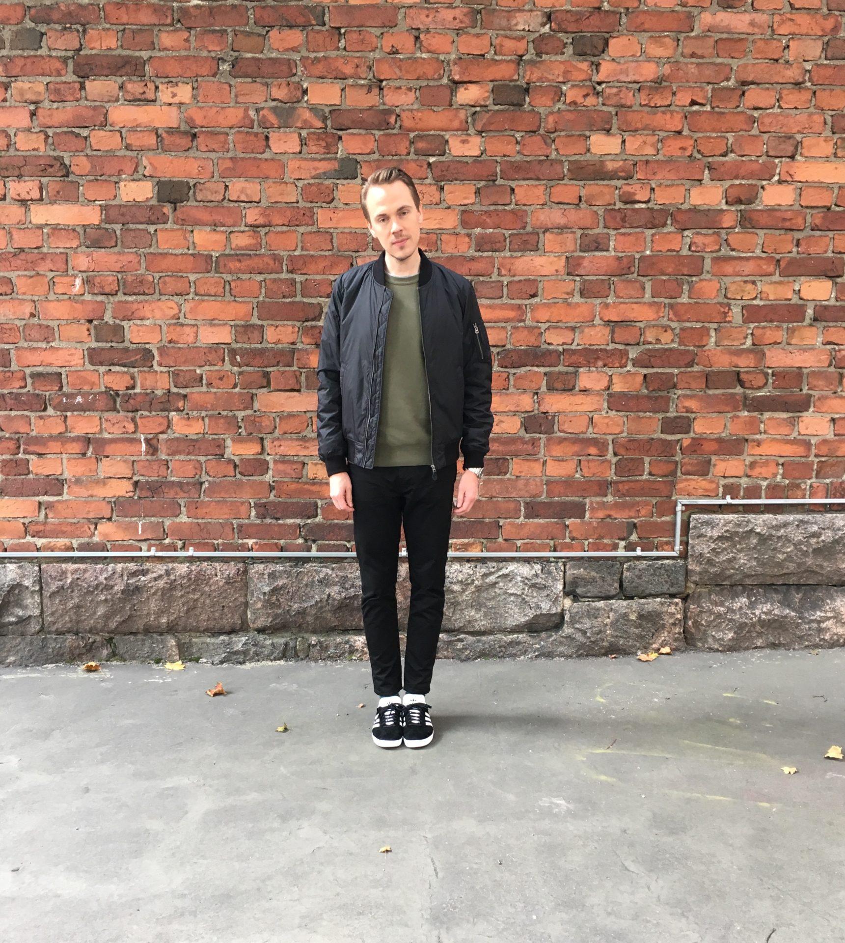 Uniqlo Bomber - Stone Island Sweatshirt - Acne Studios Town TW - Adidas Gazelle